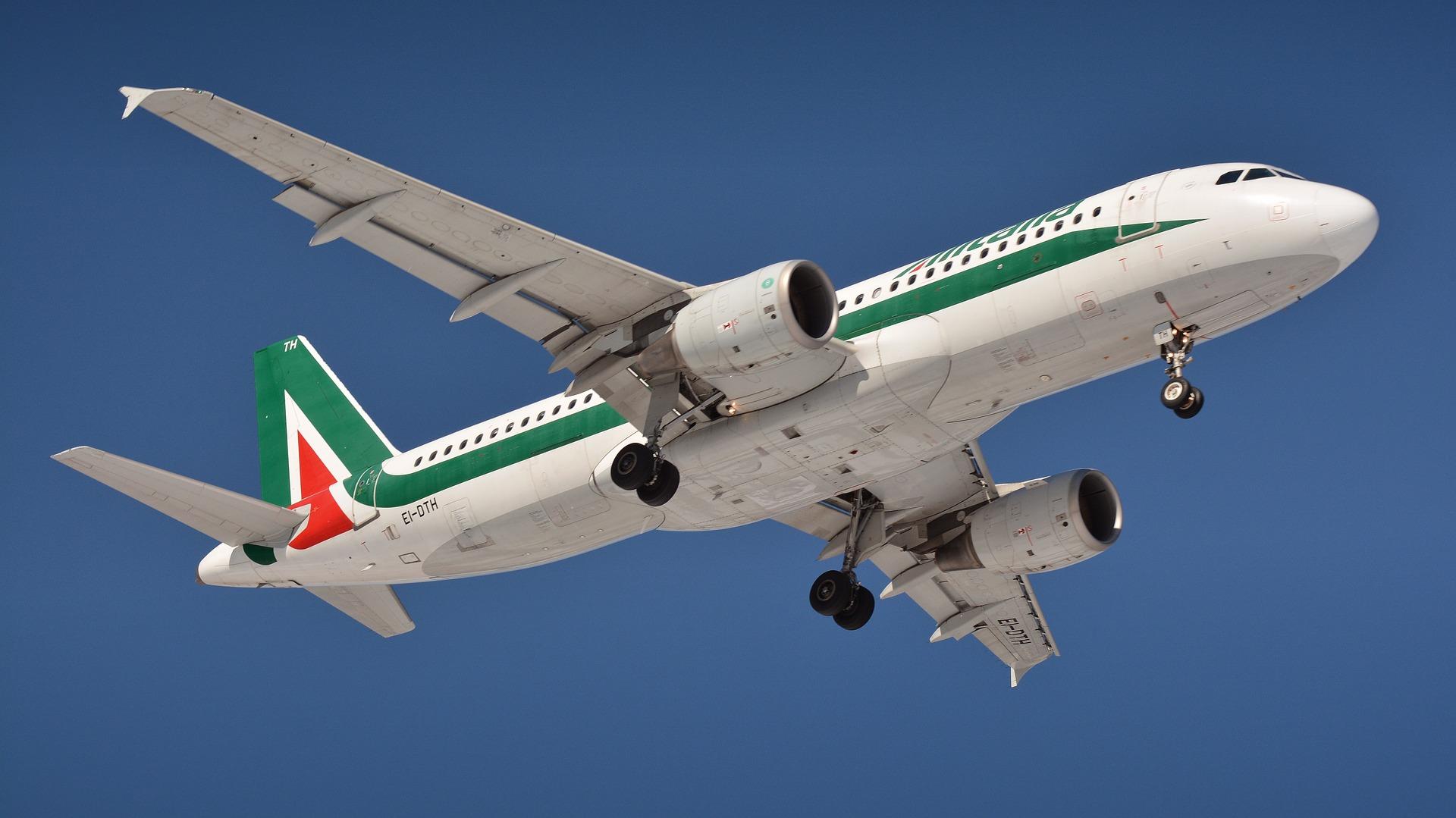 Alitalia, Firmata Intesa Importante Per I Numerosi Lavoratori Di Roma E Del Lazio